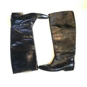 [Joan & David]Black Leather Pointed Toe Boots
